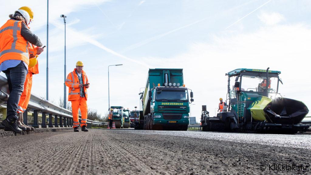 Rijkswaterstaat & Dura Vermeer tijdens wegwerkzaamheden